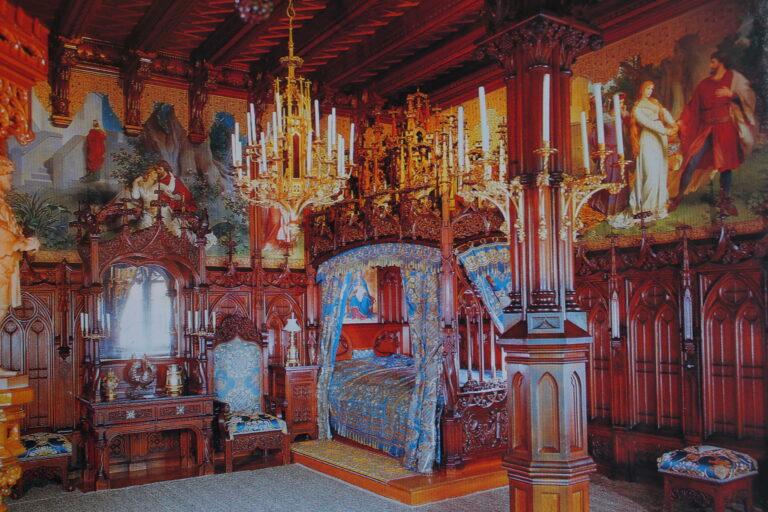 King_Ludwig_Bedroom 2