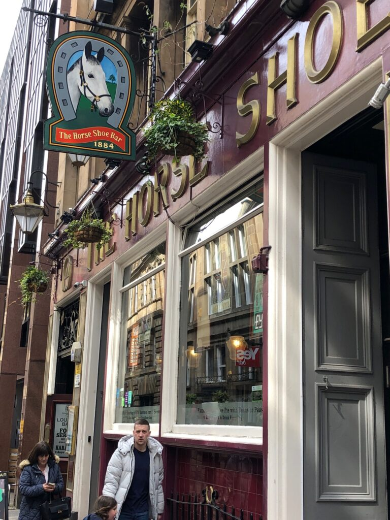 The Horse Shoe Bar in Glasgow